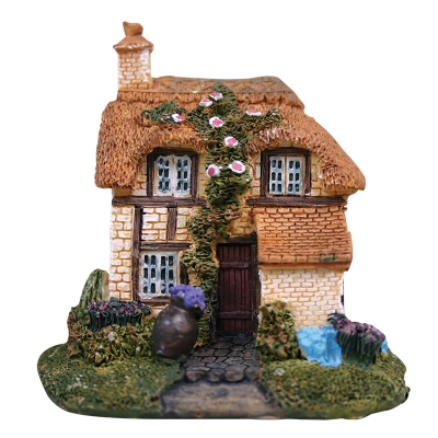 Mini Traditional Cottage